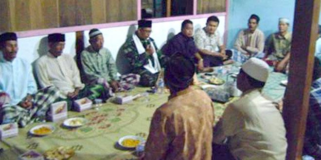 Babinsa Do'a Bersama Masyarakat Ngrampal