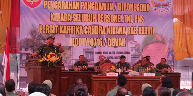 Kodim 0716/Demak menerima pengarahan dari Pangdam IV/Diponegoro
