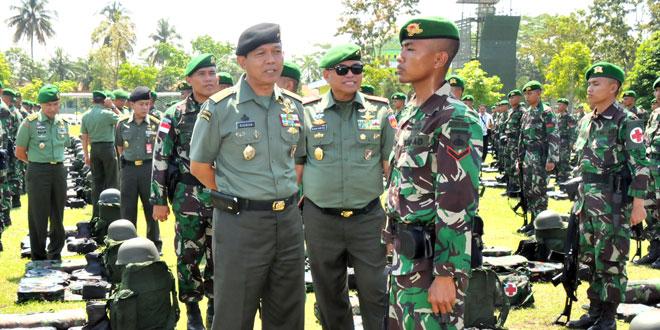 Asops Pnglima TNI Cek Kesiapan Satgas Yonif 405/SK
