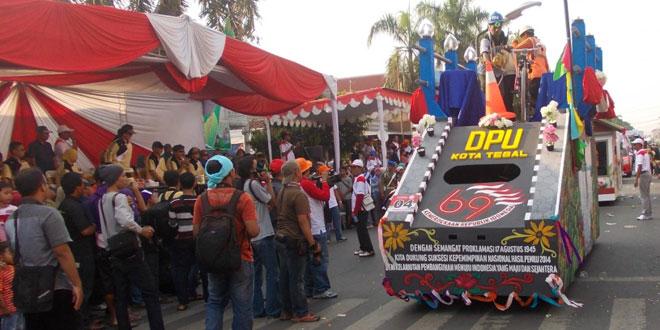 Karnaval Pelajar Semarakkan HUT RI di Kota Tegal
