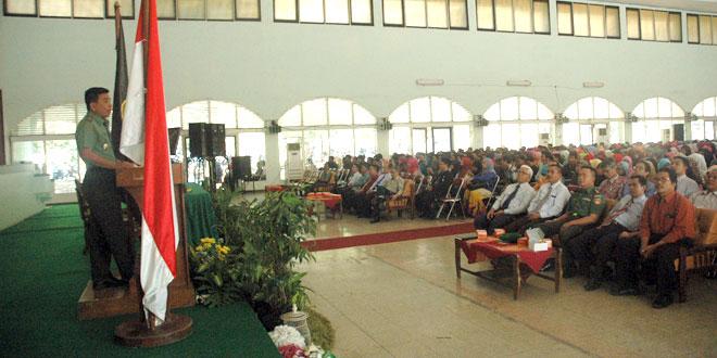 Kasdam IV/Diponegoro Memberi Kuliah Umum di IAIN Walisongo