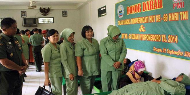 Kodim 0725/Sragen Gelar Donor Darah Peringati HUT TNI dan HUT Kodam IV