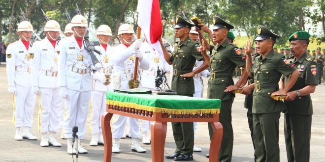 Kasdam IV/Diponegoro Memimpin Upacara Penutupan Dikmata TNI AD Di Gombong