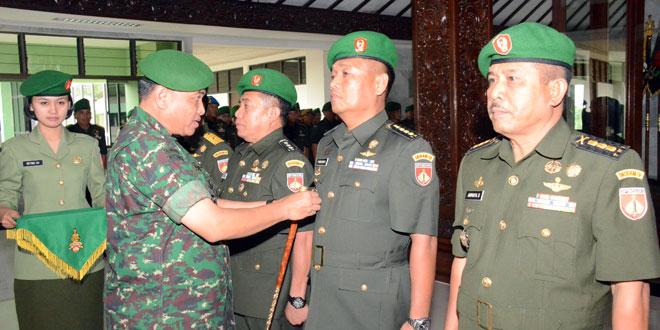 Pangdam IV : Pejabat Kodam IV/Diponegoro Dituntut Bekerja Melebihi Panggilan Tugas