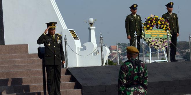 Ziarah Kodam IV/Diponegoro di TMP Giri Tunggal Semarang
