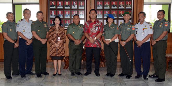 Pangdam IV/Diponegoro Menerima Audiensi Walikota Semarang