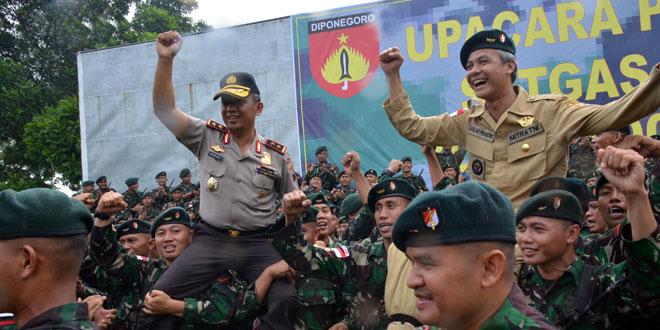 Prajurit 400/Raider Ikut Laksanakan Pembinaan Teritorial di Papua