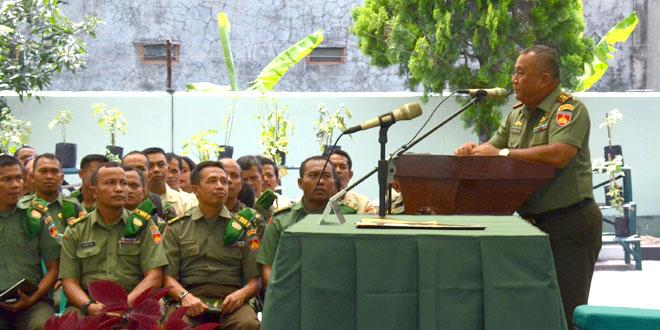 Pengarahan Pangdam IV/Diponegoro pada Anggota Kodim 0735/Surakarta