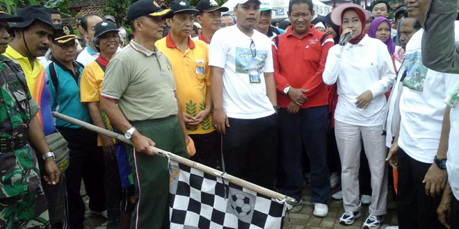 Ribuan Orang Ikuti Jalan Sehat Hari Jadi Kabupaten Brebes