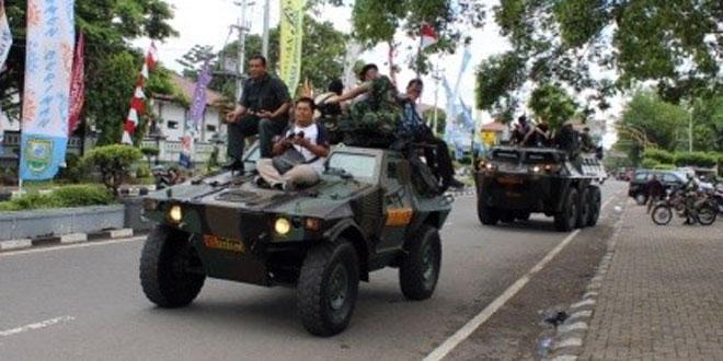 Kodim 0709/Kebumen Tampilkan Kendaraan Tempur Panser Kebumen Expo 2015