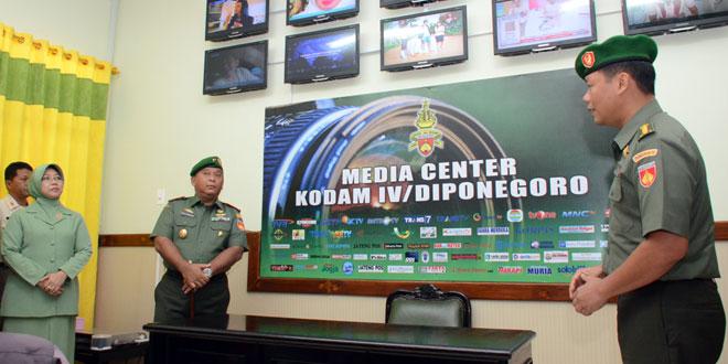 Pangdam IV/Diponegoro Resmikan Media Center Kodam IV/Diponegoro