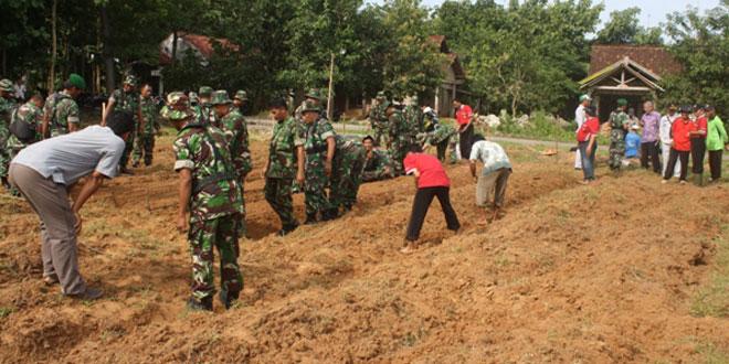 Kodim 0720/Rembang Turut Awasi Distribusi Pupuk