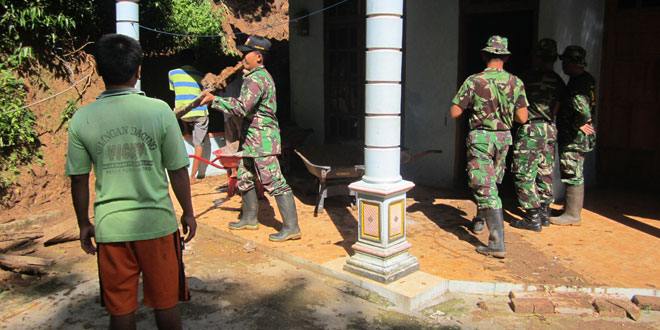 Karya Bhakti Perbaikan Rumah di Kec. Purwantoro