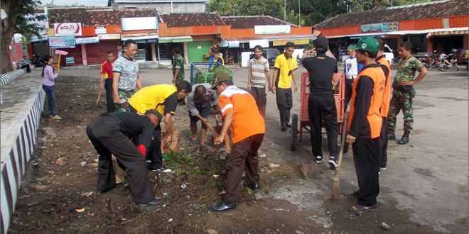 Gerakan Peduli Sampah Nasional  di Wilayah Kodim 0728/Wonogiri Tahun 2015