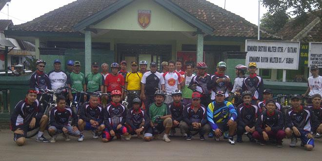 Danramil Silaturahmi dengan Komunitas Sepeda