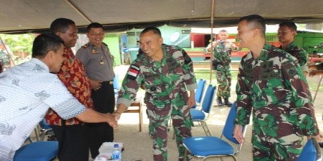 Satgas Pamtas Yonif 400/Raider Melaksanakan Forum Silaturahmi Bersama Tokoh Masyarakat