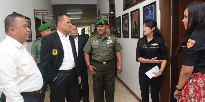 Kasad kunjungi Studio Diponegoro Channel dan Radio Suara Diponegoro