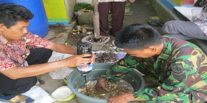 Pelatihan Pembuatan Pupuk Organik bagi Babinsa