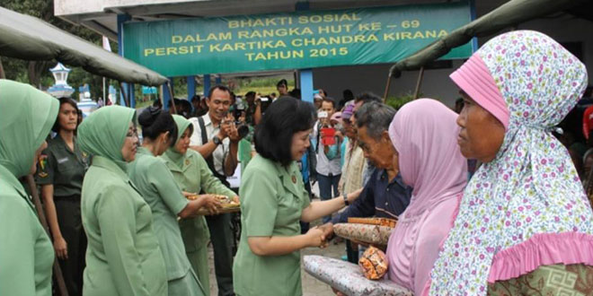 Kunjungan Ibu Kasad ke Wilayah Jenawi – Karanganyar