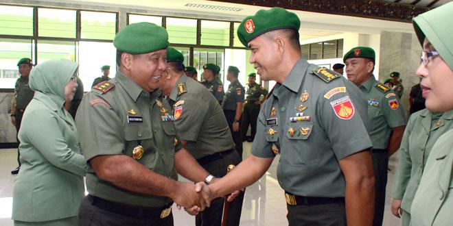 Sebanyak 19  Perwira Menengah  Kodam IV/Diponegoro Naik Pangkat