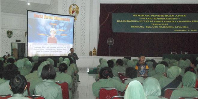 Seminar Hypnoparenting Dalam Rangka HUT Persit
