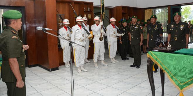 Serah Terima Dandim 0735/Surakarta dan Tradisi Penerimaan Prajurit Korem 074/Warastratama