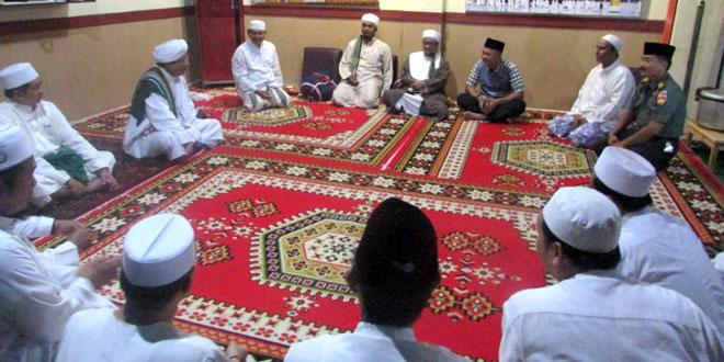 Dandim 0712/Tegal Hadiri Acara Pengajian Akbar di Masjid Aroudhoh Al Hadad Kota Tegal