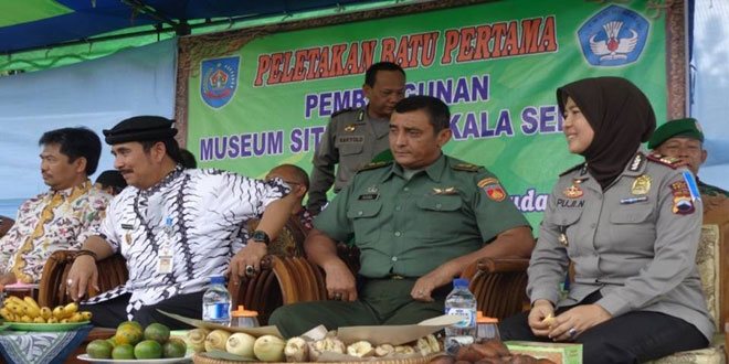 Peletakan Batu Pertama oleh Dirjen Kebudayaan dan Pariwisata Beserta Bupati Tegal Di desa Semedo