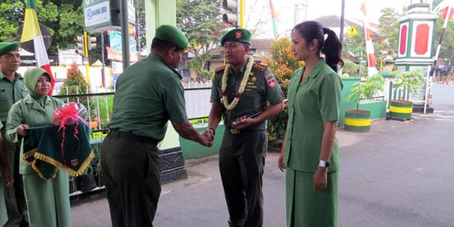 Letkol Inf Ganardyto Herry K, S.I.P Serahkan Jabatan Dandim 0706/Temanggung kepada Letkol Kav Zubaedi, S.Sos