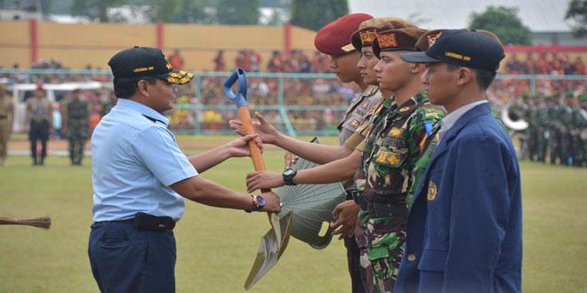 Taruna Akademi TNI Laksanakan Latsitarda Nusantara