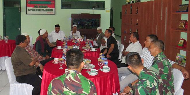 Dandim 0735/Surakarta  Diskusi dengan Tokoh Agama Kota Surakarta