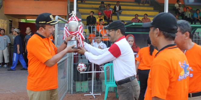 Kasdim 0725/Sragen Hadiri Pembukaan Kompetisi Sepakbola Piala Bupati Sragen