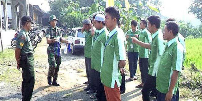 Babinsa Koramil-19/Tanon Laksanakan PPBN kepada Peserta Diklat dan Litbang Kab. Sragen