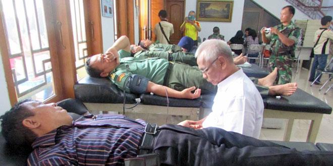 Kegiatan Donor Darah Dalam Rangka Melakukan Kebajikan di Bulan Suci Waisak