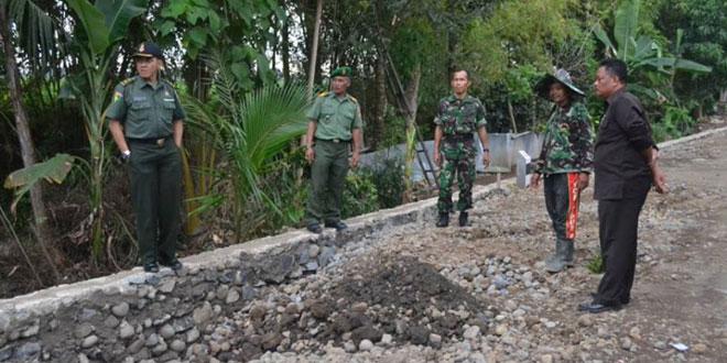 Kunjungan Wasev Karya Bakti dari Sterdam IV/Diponegoro