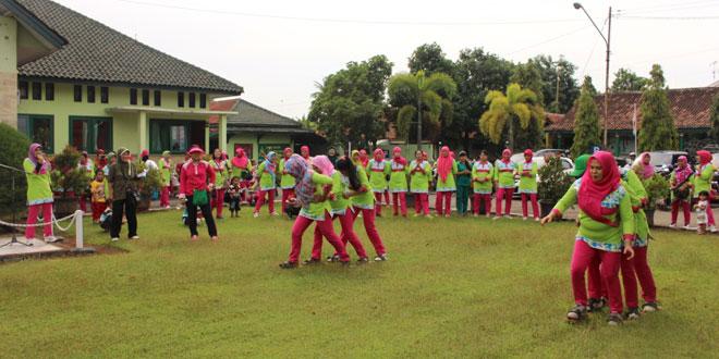 Lomba Bakyak Persit KCK Cabang XXIV Kodim 0736/Batang