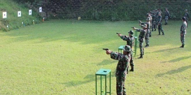 Kodim 0733 Kota Semarang Laksanakan Latihan Menembak
