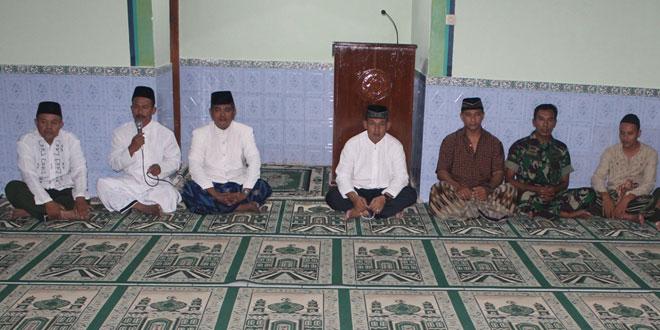 Anggota Kodim 0725/Sragen Laksanakan Sholat Tarawih Berjamaah