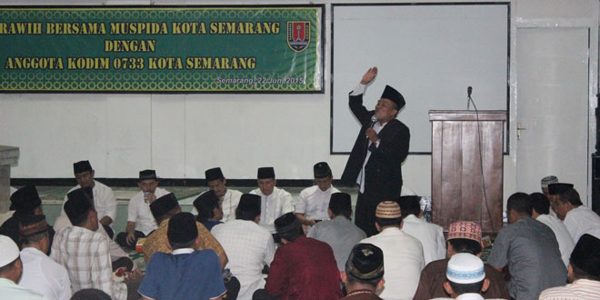 Kodim 0733 Kota Semarang Tarawih Bersama Muspida Kota Semarang