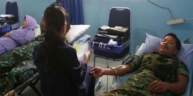 Donor Darah Dalam Rangka Hari Bakti TNI-AU Ke 69
