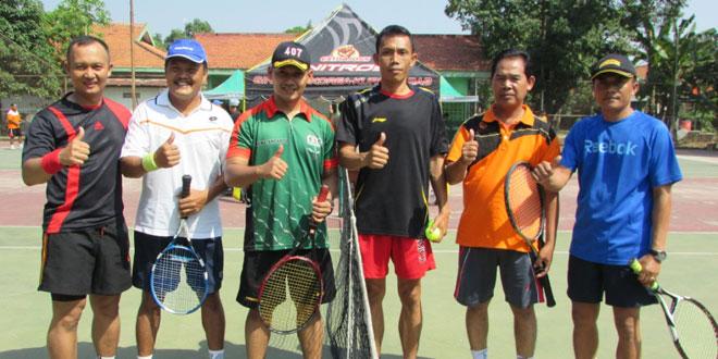 Silaturohmi Antara TNI, Polri dan Pemerintahan Melalui Pertandingan Tenis Lapangan