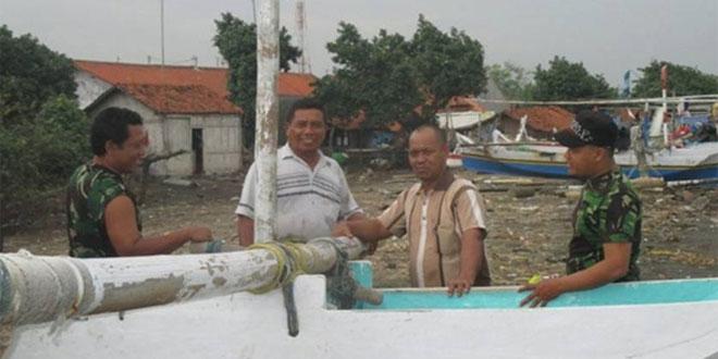 Komsos dengan Masyarakat Nelayan Suradadi