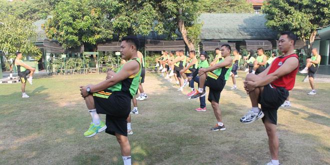 Anggota Kodim 0725/Sragen Laksanakan Senam Pagi Dilanjutkan Lari 5 Km
