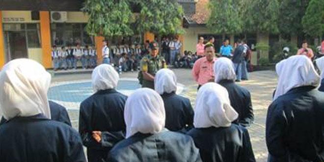 Babinsa Gemolong Laksanakan Pembinaan PPBN di SMK Sakti Gemolong