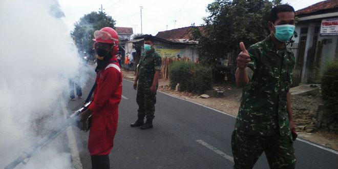 Koramil 24/Kedungbanteng Laksanakan Fogging