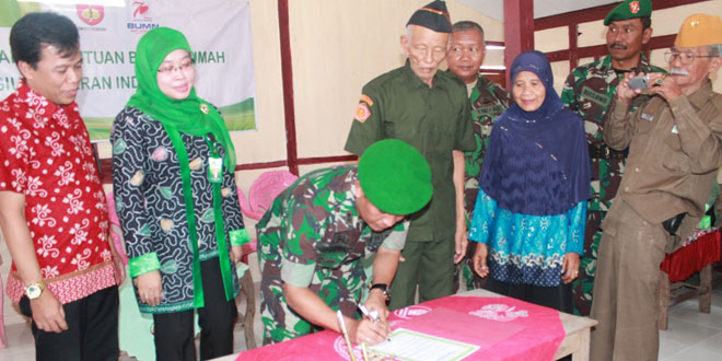 Kodim Purwodadi dan Pegadaian Rehab Rumah Veteran
