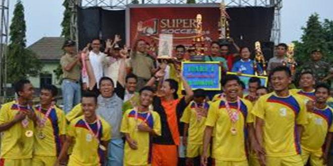 Dukuhlo FC Juara Turnamen Sepak Bola Dewa Ratna Cup I