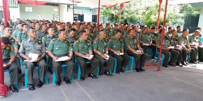 305 Anggota Personil Kodim 0715/Kendal Menerima Pengarahan Pangdam IV/Diponegoro