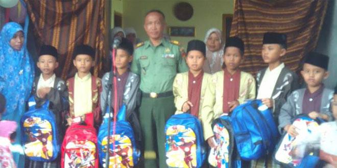 Sunatan Massal Dalam Rangka HUT TNI Ke 70 Tahun 2015 Koramil 13/Kedungbanteng