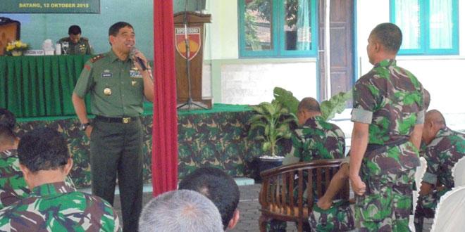 Pangdam IV/Diponegoro : Kita Harus Bangga Menjadi Prajurit dan PNS